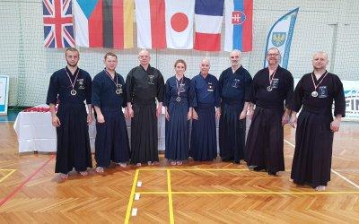 Bumeikan z medalami na 12 Otwartych Mistrzostwach Jodo